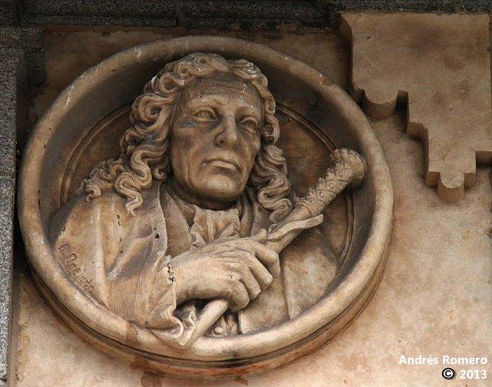 Don Rodrigo Caballero Illanes. Medallón Plaza Mayor de Salamanca
