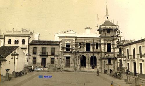 La Plaza.1949-pOZO Y gRIFO